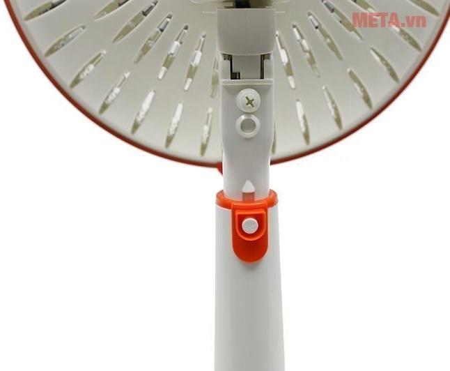Quạt sưởi Sunhouse SHD7006 với thiết kế nút vặn điều chỉnh độ cao.
