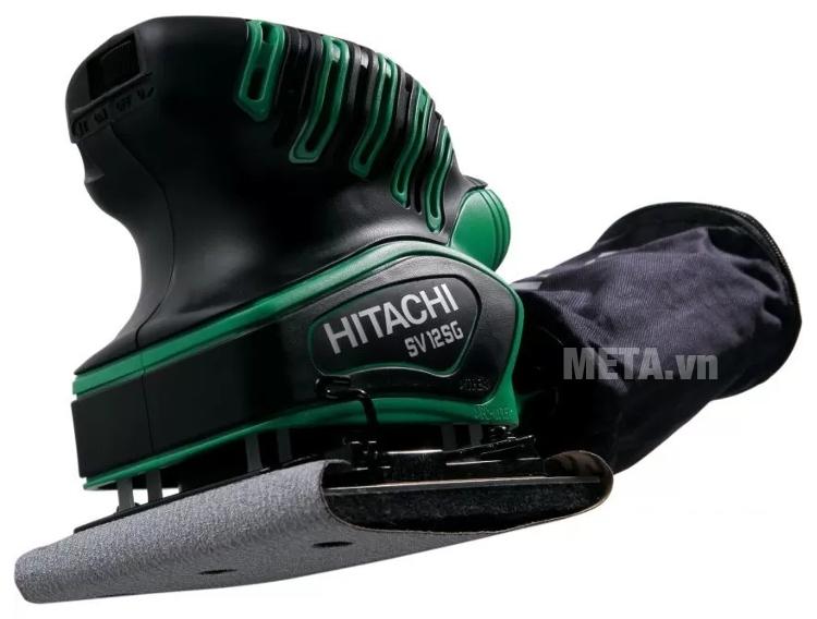 Máy chà nhám rung Hitachi SV12SG có vỏ ngoài bọc nhựa