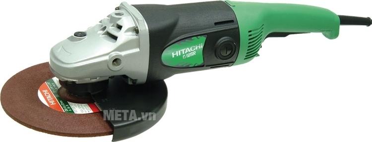Máy mài góc Hitachi G18SR có tay cầm vừa vặn nên dễ dàng điều khiển và kiểm soát đường mài.