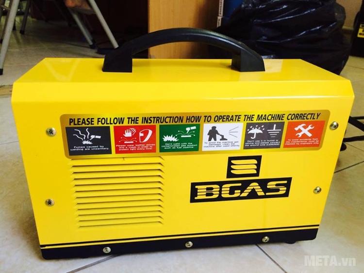 Máy hàn Inverter BGAS BGA 200C có tay xách chắc chắn.