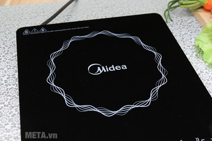 Bếp từ Midea MI-T2114DC có vòng phát nhiệt rộng, giúp nấu nướng nhanh chín hơn.