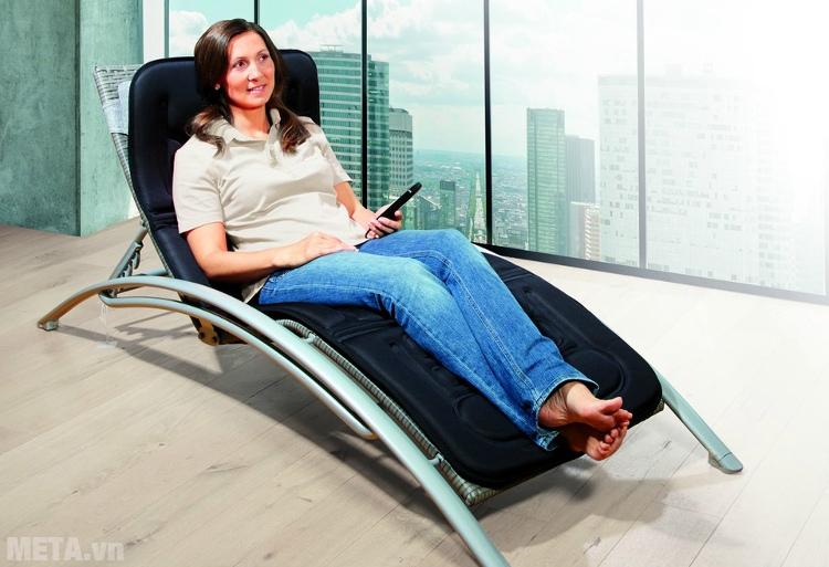 Đệm massage toàn thân Lanaform LA110315 dễ dàng mang đến văn phòng để sử dụng