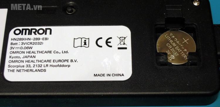 Cân điện tử Omron HN 289 với sử dụng 1 pin.