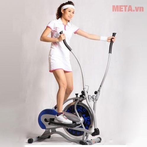 Xe đạp tập Obitrac Elite MO-2082 đem đến sự chắc chắn cho người tập.