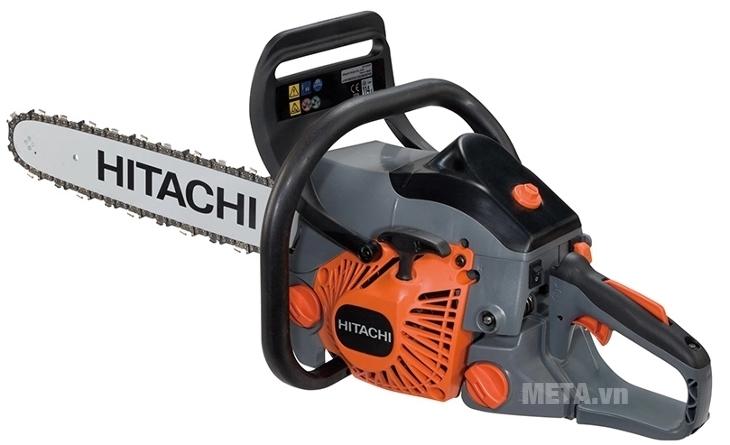 Máy cưa xích Hitachi CS40EA có kết cấu máy chắc chắn.