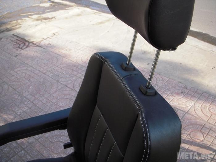 Xe lăn điện HA-3029S có ghế ngồi êm ái, điều chỉnh được độ cao của ghế.