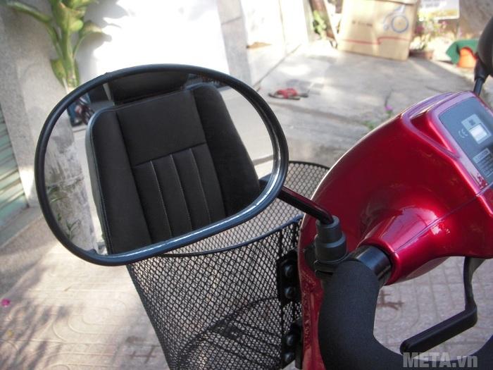 Xe lăn điện HA-3029S có trang bị gương ở đầu xe