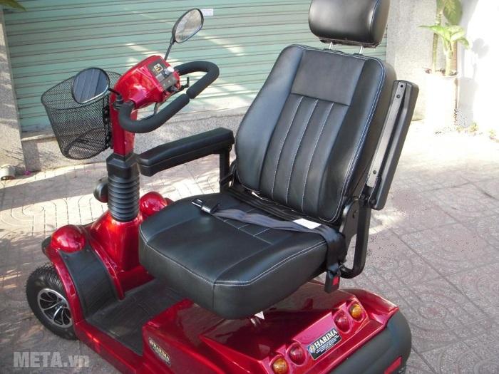 Xe lăn điện HA-3029S thiết kế ghế ngồi xoay 360 độ.