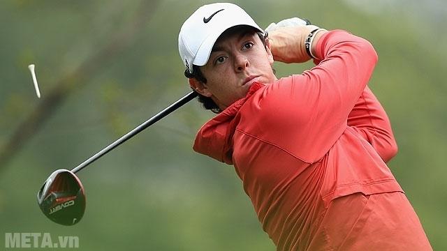 Thảm tập Golf Swing Mat giúp bạn xoay người phát bóng hiệu quả.