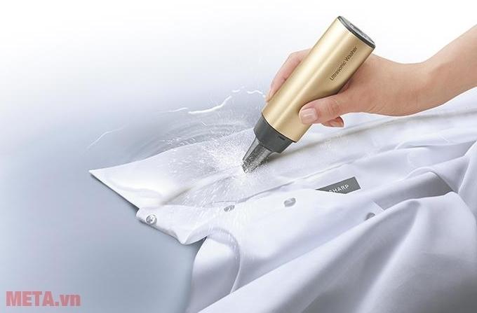 Máy giặt cầm tay Sharp UW-A1V-N loại bỏ vết bẩn cứng đầu nhanh chóng