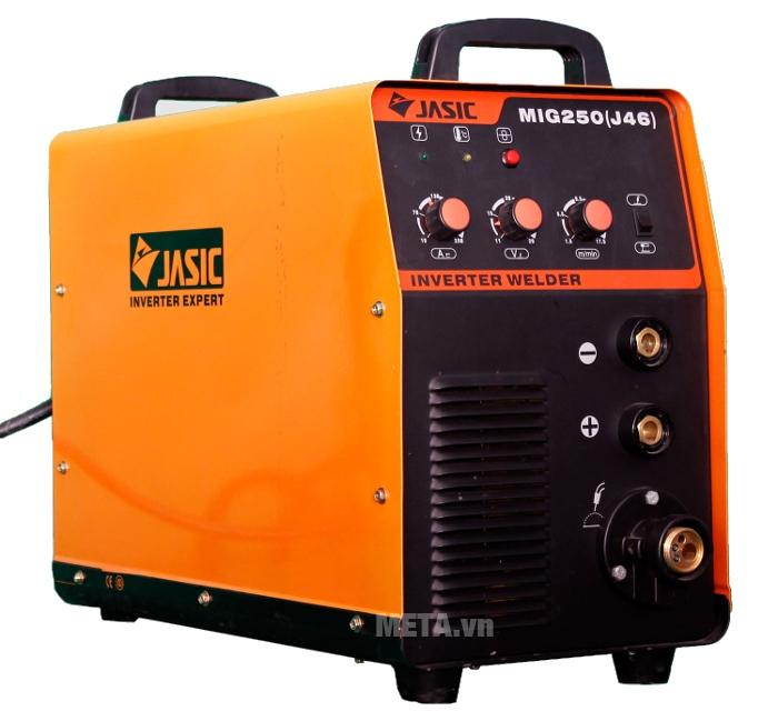 Máy hàn bán tự động Jasic MIG 250 (J46) có hệ số hoạt động cao.