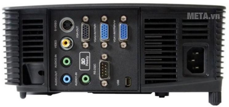 Máy chiếu Infocus IN226 với thiết kế ổ cắm kết nối.