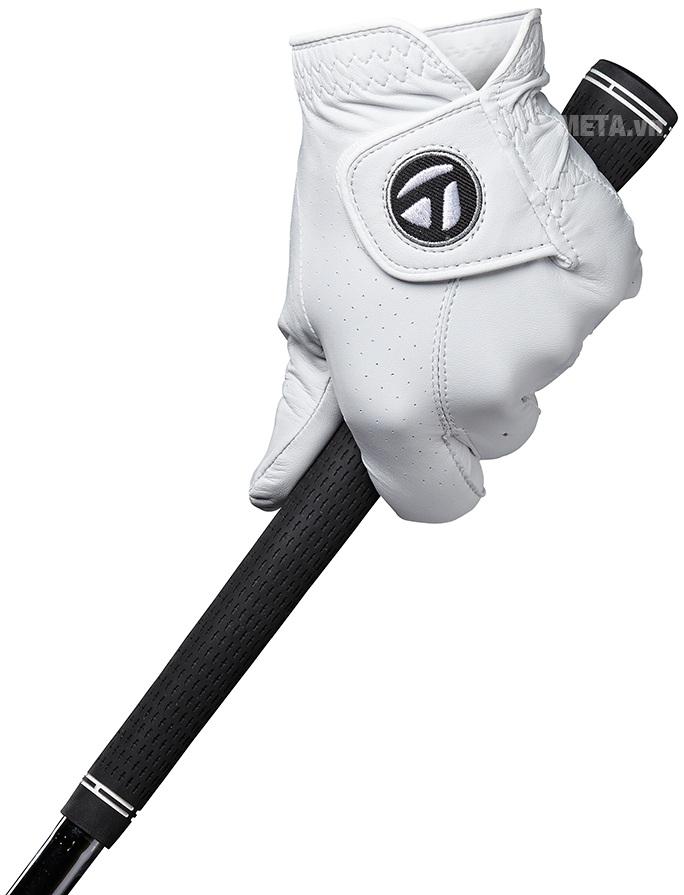 Găng tay golf nam Taylormade Tour Preferred tạo sự êm ái khi mang.