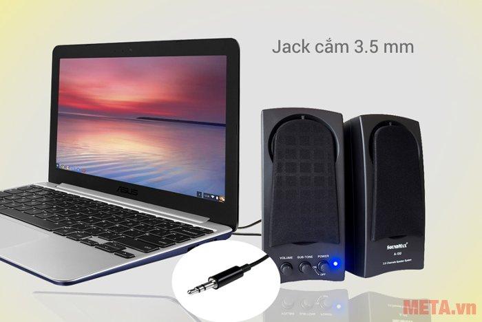 Loa vi tính SoundMax A150 kết nối với máy tính thông qua jack 3.5mm