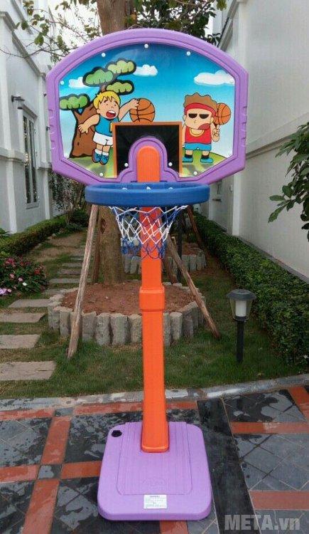 Cột ném bóng rổ cho bé L506 chụp thực tế nhà khách hàng