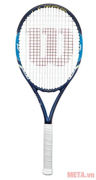 Vợt tennis Wilson ULTRA 100 WRT7297102 tạo ra lực đánh bóng mạnh hơn, tăng độ ổn định