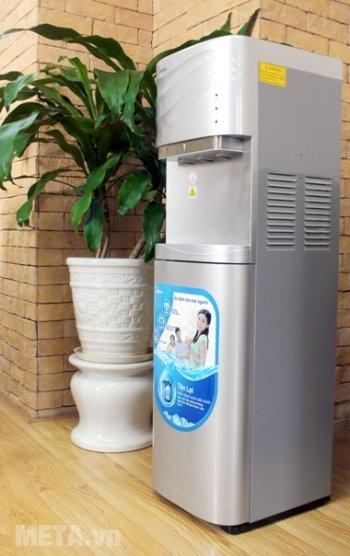 Cây nước nóng lạnh cao cấp Midea YL1634S đặt máy không tốn nhiều diện tích