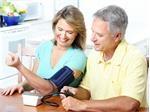 Đọc đúng chỉ số trên máy đo huyết áp điện tử phòng tránh đột quỵ