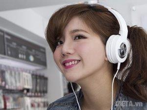 Tai nghe Audio-Technica ATH-WS33X phù hợp cho giới trẻ.