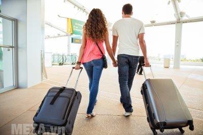 Vali kéo giúp bạn mang theo dễ dàng trong các chuyên du lịch