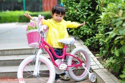 Xe đạp Star 12 màu hồng RB12G-1 có màu hồng đáng yêu