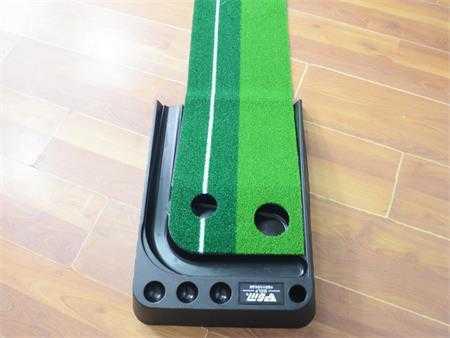 tham tap golf putting 2 color tl004