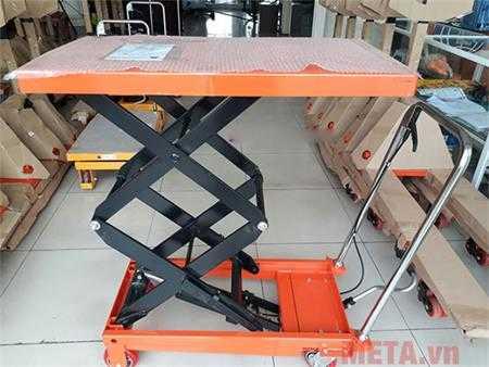 xe nang mat ban 350kg meditek tt350