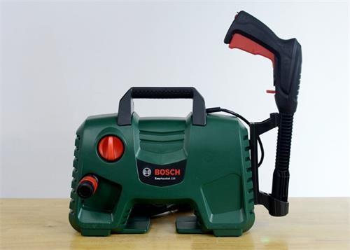máy rửa xe tự hút nước bosch