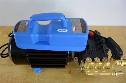 máy rửa xe tự hút nước oshima