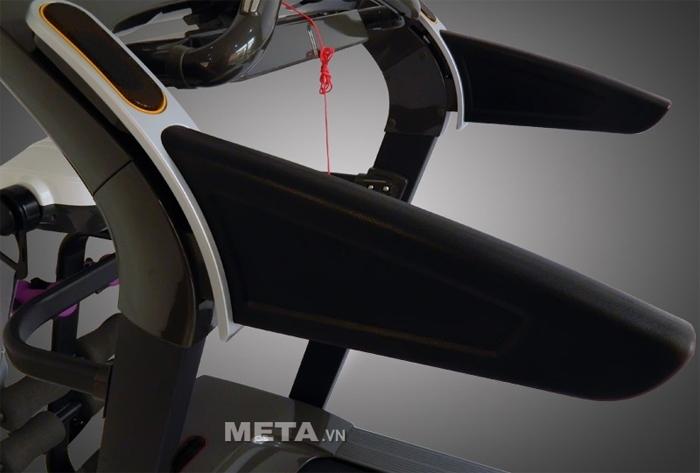 Tay cầm của máy chạy điện cao cấp MHT-1430M