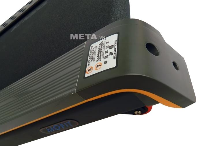 Máy chạy điện cao cấp MHT-1460 có bánh xe di chuyển dễ dàng.