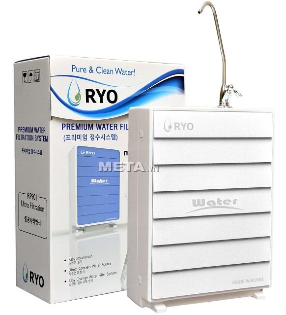 Máy lọc nước RYO Hyundai RP901 được đóng gói trong vỏ hộp sang trọng.