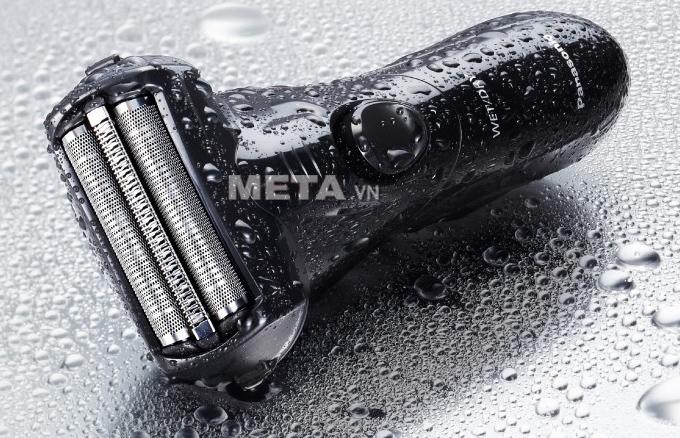 Máy cạo râu Panasonic ES-SL10 thiết kế không thấm nước.