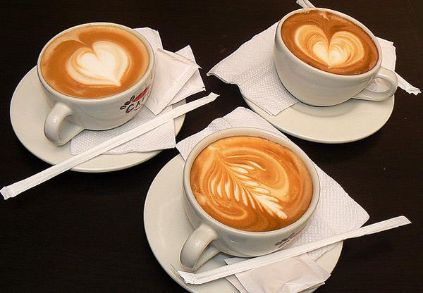 Cách tạo bọt sữ chuẩn để pha Cappuccino