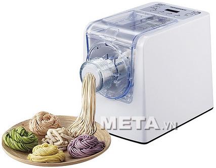 Máy làm mỳ tươi Magic Korea A92 sẽ làm ra những sợi mỳ tươi ngon, dai và đảm bảo vệ sinh.