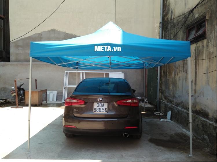 Nhà bạt di động 3m x 4,5m có thể dùng làm mái che bảo vệ ô tô, xe máy.