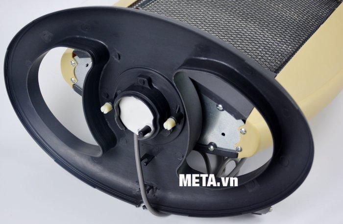 Đèn sưởi Halogen Kangaroo KG1011C thiết kế chân đế vững chắc, chống đổ