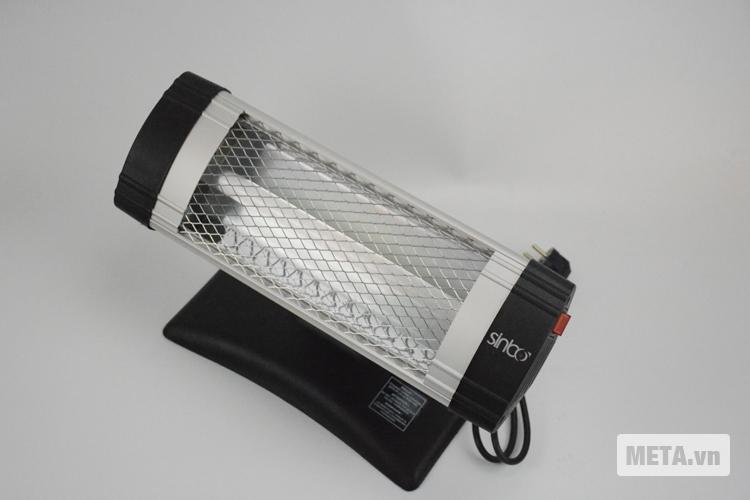 Đèn sưởi mini Sinbo SFH-3309 với thiết kế nhỏ gọn.