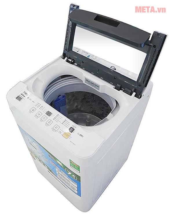 Lồng giặt của máy giặt cửa trên 7kg Panasonic NAF70VG7HRV.