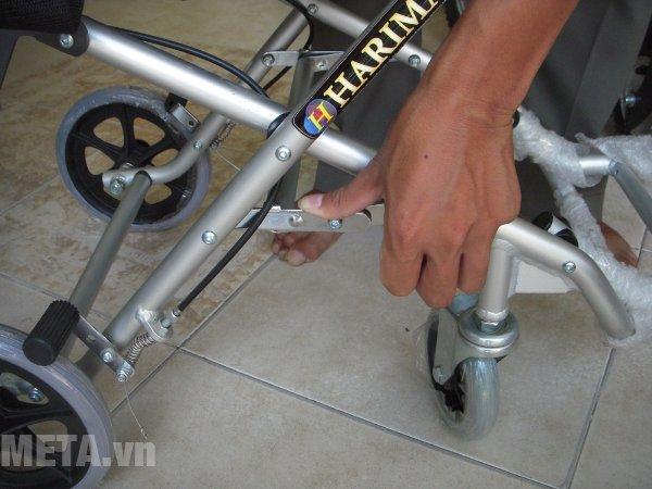 Xe lăn dành cho du lịch W-HA-9001L có khung chắc chắn