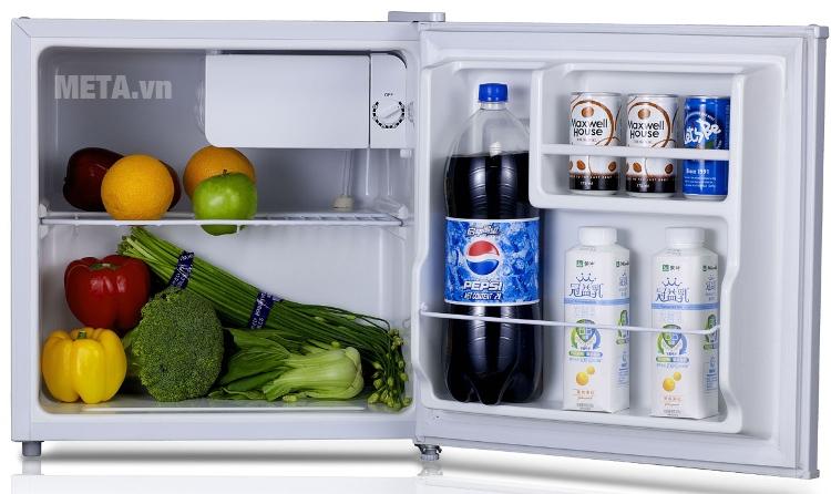 Tủ lạnh 50 lít Midea HS-65L có ngăn thực phẩm riêng.
