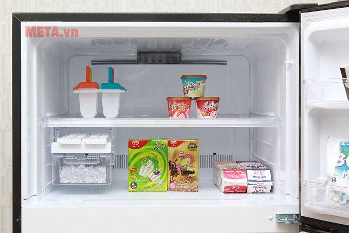 Tủ lạnh 585 lít Sharp SJ-XP590PG-BK thiết kế ngăn đá trên