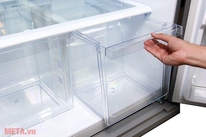 Tủ lạnh 585 lít Sharp SJ-XP590PG-SL có hai ngăn đựng rau quả riêng biệt