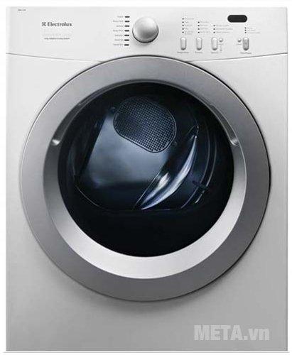Máy sấy quần áo 11kg Electrolux EDV114UW có công nghệ sấy đảo chiều giúp quần áo sấy mau khô và không bị nhăn