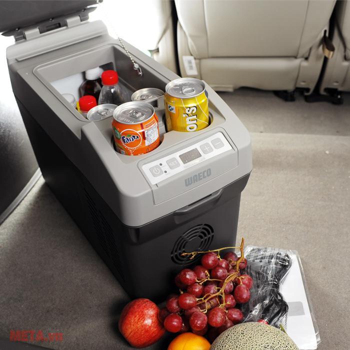 Tủ lạnh ô tô Mobicool Waeco CF11 bảo quản thực phẩm tốt trong những chuyến đi dã ngoại.