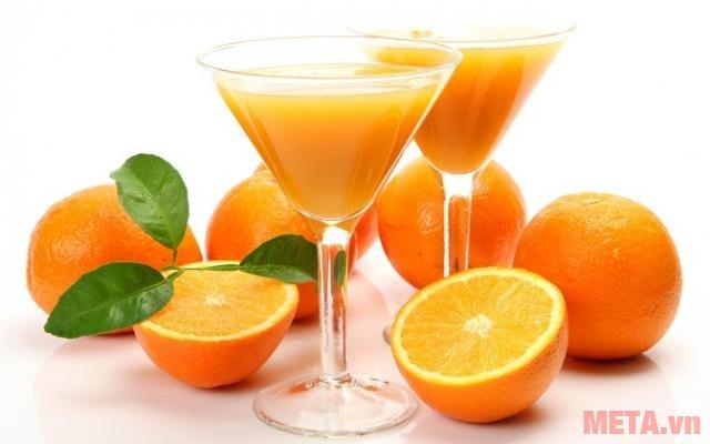 Máy vắt cam Braun CJ3000 cho những ly nước cam thơm ngon, bổ dưỡng.
