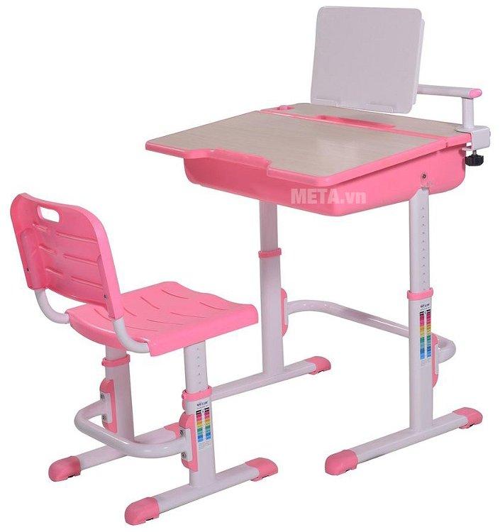 Bộ bàn học thông minh Best Desk Maxi có thể tùy chỉnh độ cao thấp khác nhau, phù hợp với từng giai đoạn phát triển của trẻ.