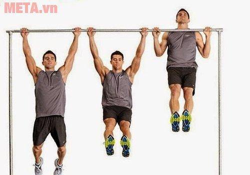 Động tác treo người lên xà giúp tăng chiều cao