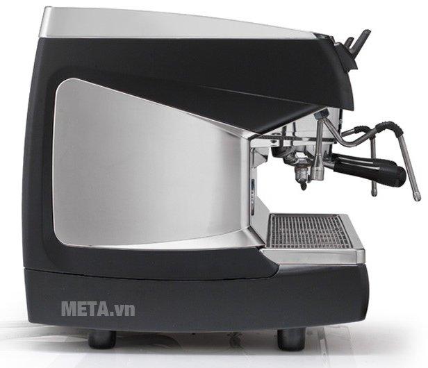 Máy pha cà phê Nuova Simonelli Aurelia II 2 Group được làm từ chất liệu cao cấp