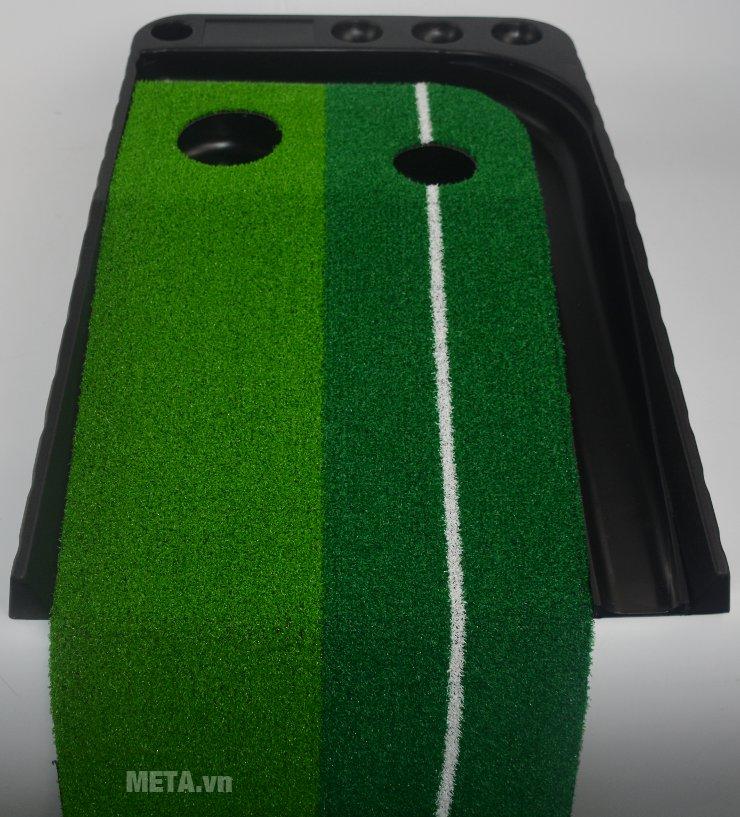 Bạn có thể luyện tập tại nhà với thảm tập golf Putting 2 Color.